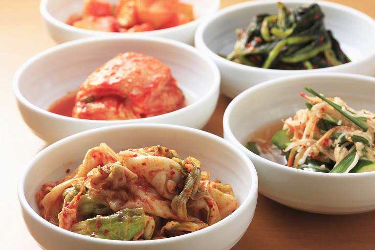 韓国出身の料理人が作る本場の味